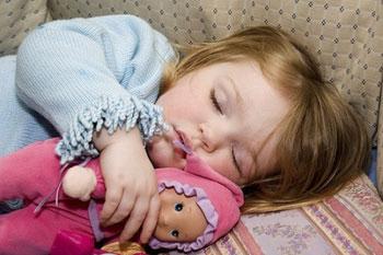 Приучаем малыша к самостоятельному сну