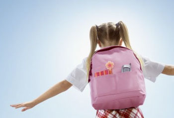 Как выбрать рюкзак для «первоклашки» и не испортить осанку