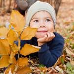 Как обезопасить ребенка во время прогулки?