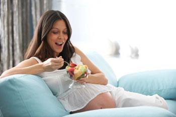 Вопросы питания матери во время беременности