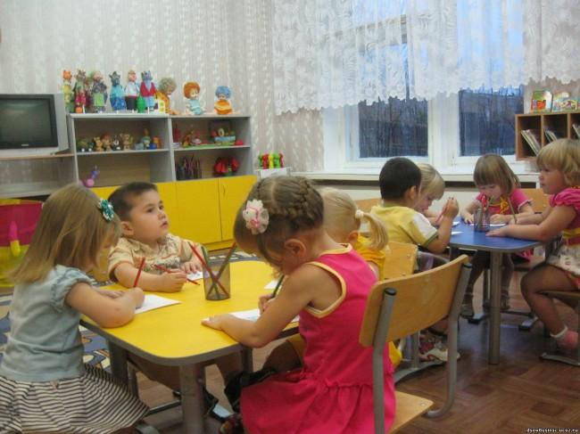 Детский сад, стоит или не стоит посещать.
